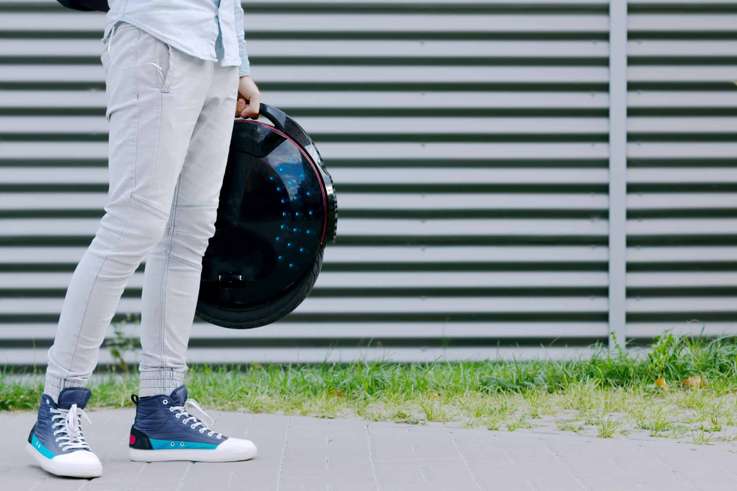 Why is Onewheel so expensive? Top Alternatives 8