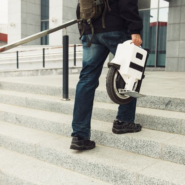 How Fast Does Electric Unicycle Go? Fastest Electric Unicycles 4