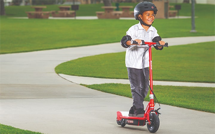 Is There a Safe Range of Speed for an Electric Scooter for a 10-year-old?