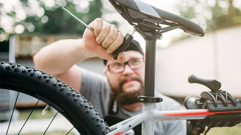 Ebike Seat Adjusts With Tool