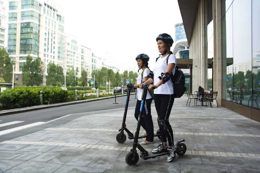 5 Things to Consider When Choosing an Electric Scooter 1